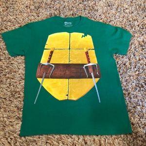 Teenage Mutant Ninja Turtles shirt size M